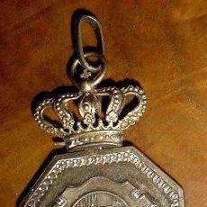 Militaria: VENERA DE JUDICATURA. JUSTICIA MILITAR - CREO QUE DE EPOCA DE ALFONSO XIII. PLATA. RARA. JUDGE BADGE. Lote 26676878