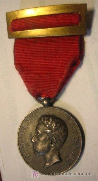 MEDALLA DISTINCIÓN A ALFONSO XIII (Militar - Medallas Españolas Originales )