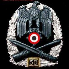 Militaria: DISTINTIVO DE ASALTO GENERAL , 50 ACC. (CHAPADA EN PLATA). Lote 4877111