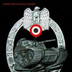 Militaria: DISTINTIVO DE GUERRA DE UNIDADES PANZER (25 ACC.)CHAPADA EN PLATA Y ORO. Lote 4616774