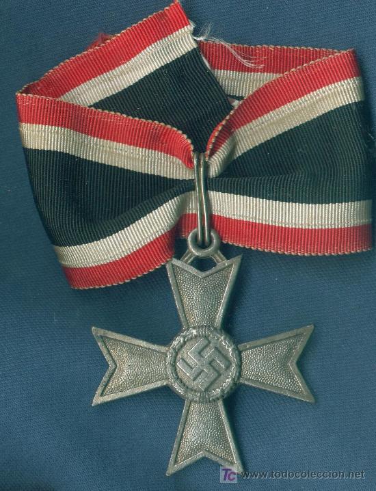 ALEMANIA III REICH. CRUZ DE CABALLERO DE LA KVK SIN ESPADAS.MUY BUENA REPRODUCCIÓN DE LOS 70-80 (Militar - Reproducciones y Réplicas de Medallas )