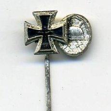 Militaria: ALEMANIA,PASADOR DE MINIATURAS, II GUERRA MUNDIAL , CRUZ DE HIERRO 2ª CLASE, HERIDO EN PLATA, . Lote 26926938