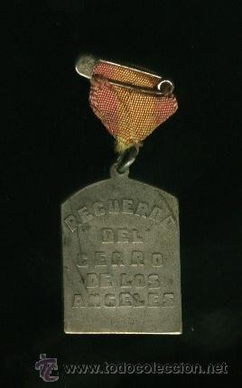 Militaria: Medalla patriotica en recuerdo del cerro de los angeles. Guerra civil española - Foto 2 - 26417922