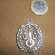 Militaria: MEDALLA DE JUSTICIA?PLATA. Lote 27141307