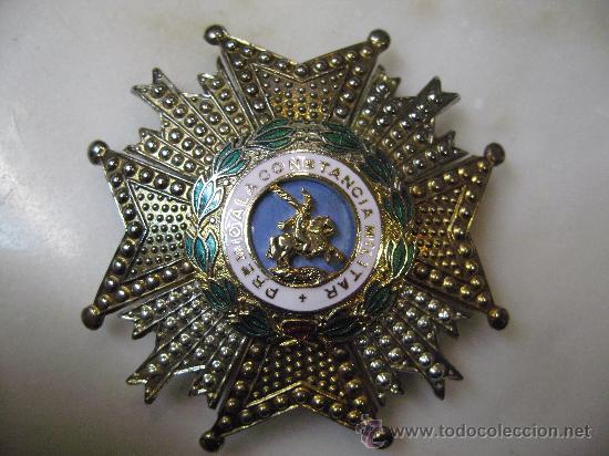 MEDALLA MILITAR DE SAN HERMENEGILDO, PREMIO A LA CONSTANCIA MILITAR. (Militar - Medallas Españolas Originales )