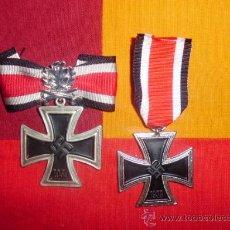 Militaria: OFERTA!!!!!! LOTE DE CRUZ DE HIERRO 2ª CLASE + CRUZ DE CABALLERO CON HOJAS DE ROBLE Y ESPADAS. Lote 115084535