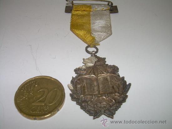Militaria: MEDALLA DE PLATA...AL MERITO - Foto 2 - 26517671
