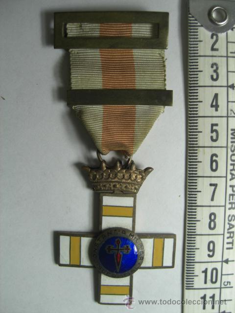 CRUZ DE LA CONSTANCIA EN EL SERVICIO PARA SUBOFICIALES. 30 AÑOS DE SERVICIO. ÉPOCA DE FRANCO. (Militar - Medallas Españolas Originales )