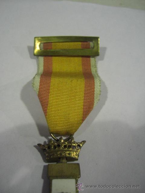 Militaria: Cruz del Mérito Aéreo. Pensionada.1ª Época de Franco. . - Foto 3 - 27460025