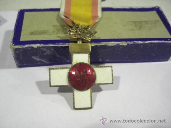 Militaria: Cruz del Mérito Aéreo. Pensionada.1ª Época de Franco. . - Foto 4 - 27460025