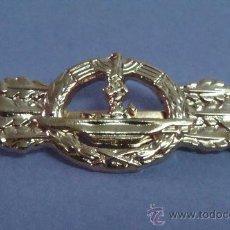 Militaria: INSIGNIA MILITAR. ALEMANIA . III REICH. DISTINTIVO U-BOATS SUBMARINOS ESVÁSTICA. MARCAJES. . Lote 158923882