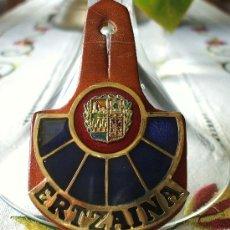 Militaria: PLACA AUTÉNTICA DE LA ERTZAINA (RETIRADA POR ANTICONSTITUCIONAL). VER DESCRIPCIÓN.. Lote 29391174