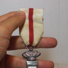 Militaria: MEDALLA AL MERITO MILITAR. (CON ESMALTES). CATEGORÍA PLATA.. Lote 33123327