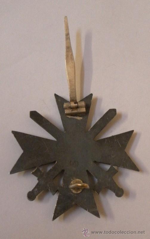 Militaria: Alemania. II Guerra Mundial. Cruz del Mérito Militar con Espadas. 1º Clase. Marcada L/13. - Foto 7 - 34949907