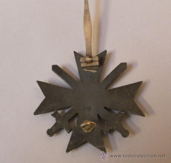 Militaria: Alemania. II Guerra Mundial. Cruz del Mérito Militar con Espadas. 1º Clase. Marcada L/13. - Foto 9 - 34949907
