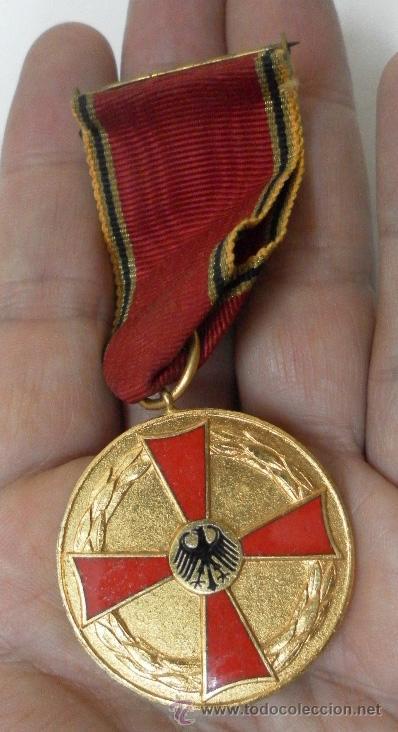 ALEMANIA. MEDALLA AL MÉRITO MILITAR. (Militar - Medallas Extranjeras Originales)