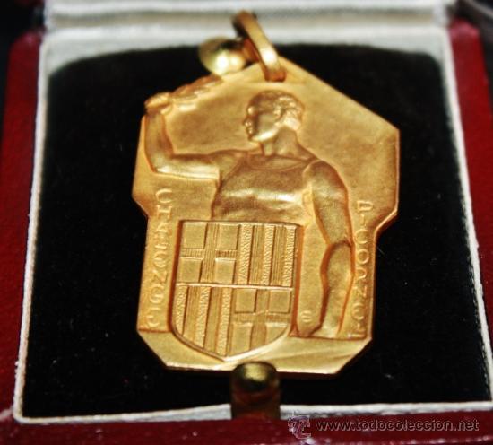 MEDALLA CONMEMORATIVA CHALLENGER PICORNELL,PARECE PLAT BAÑADA EN ORO (Militar - Medallas Españolas Originales )