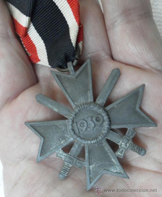 Militaria: Alemania. Cruz del Mérito Militar. Con espadas. II Guerra Mundial. - Foto 4 - 36375833