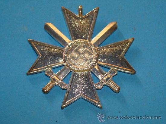 MEDALLA ALEMANIA III REICH. CRUZ DE MALTA VERSIÓN PLATA. ESVÁSTICA - 1939. CRUZ DE HONOR NS. (Militar - Reproducciones y Réplicas de Medallas )