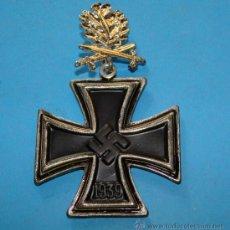 Militaria: MEDALLA ALEMANIA III REICH. CRUZ DE CABALLERO CRUZ DE HIERRO. HOJAS DE ROBLE PLATA. 1813 1939. Lote 166903366