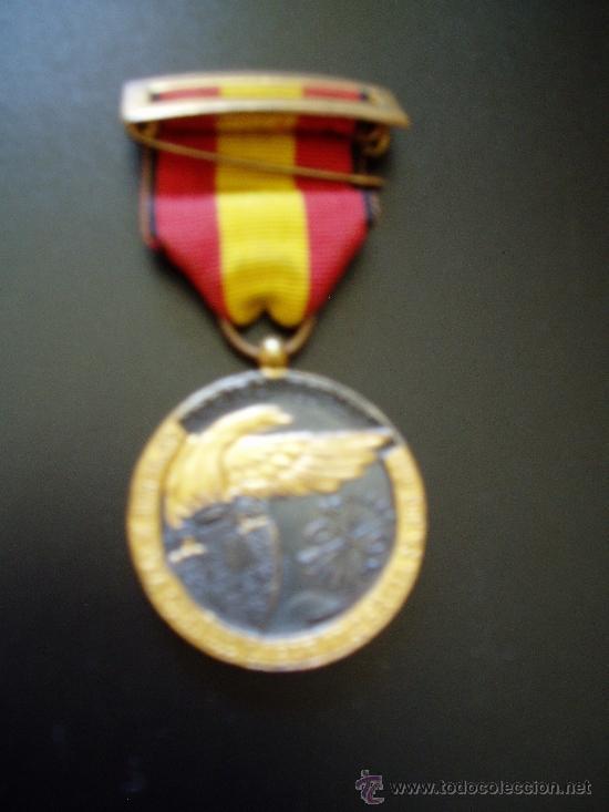 ¡¡ARRIBA ESPAÑA- 17 DE JULIO 1936- PERFECTA (Militar - Medallas Españolas Originales )