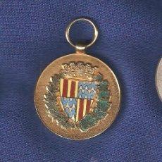 Militaria: MEDALLA G.U.DE BADALONA EN PLATA DORADA. Lote 37529594