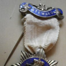 Medalla masónica, Instituto femenino, en plata.