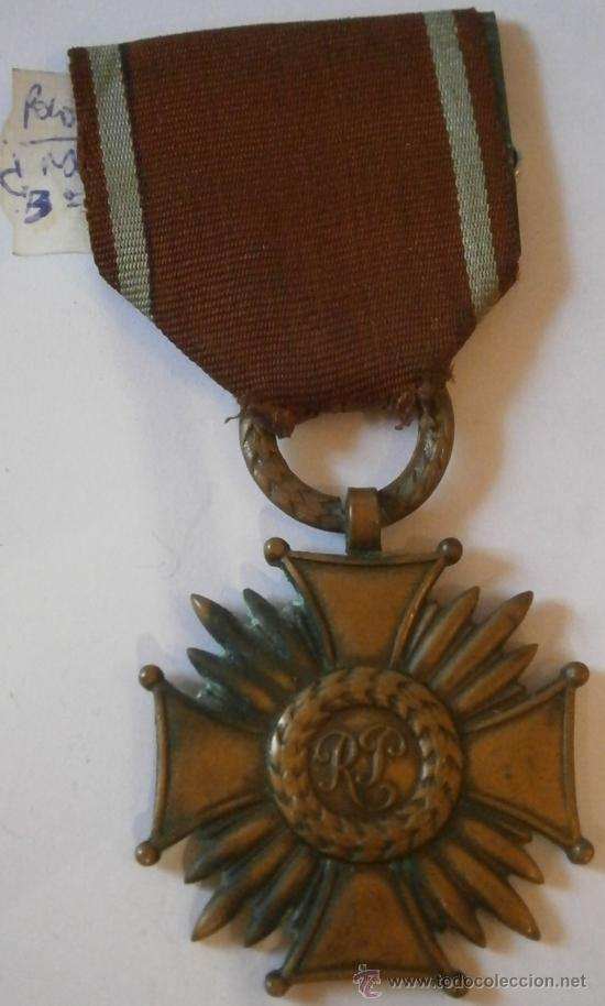 MEDALLA MÉRITO CIVIL, VARIANTE, POLONIA (Militar - Medallas Extranjeras Originales)