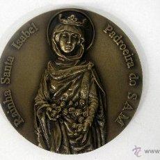 Militaria: MEDALLA PORTUGUESA DE BRONCE RAINHA SANTA ISABEL. PADROEIRA DO SAM.. Lote 39501585
