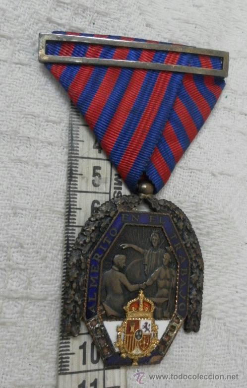 Militaria: Medalla del trabajo. Época Alfonso XIII. Muy buena calidad. - Foto 6 - 40383413
