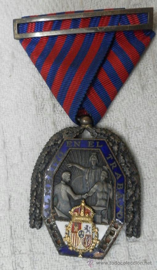 Militaria: Medalla del trabajo. Época Alfonso XIII. Muy buena calidad. - Foto 7 - 40383413