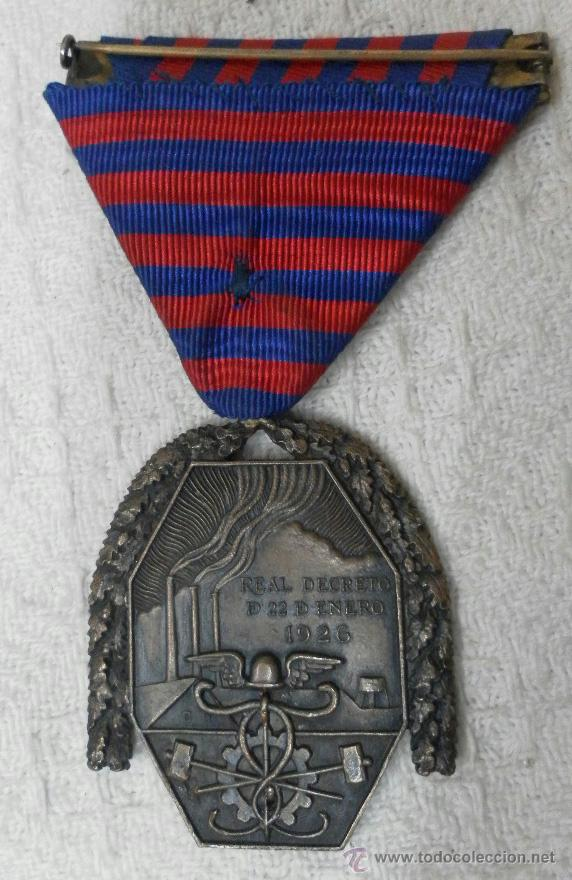 Militaria: Medalla del trabajo. Época Alfonso XIII. Muy buena calidad. - Foto 10 - 40383413