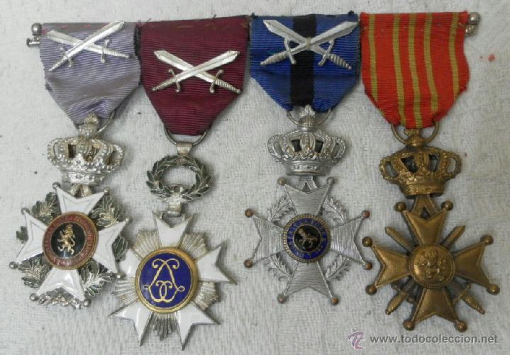 Militaria: Bélgica. Pasador con cuatro condecoraciones. - Foto 2 - 40384248