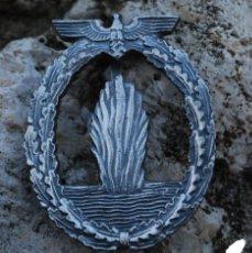 Militaria: INSIGNIA KRIESGMARINE SUBMARINO + DECRETO. Lote 41302488