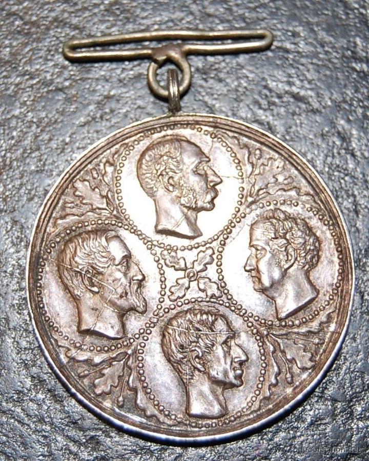 DINAMARCA MEDALLA PLATA DE LEALTAD AL REY ASOCIACIÓN CUATRO REYES 27 MAYO 1894 ÚNICA POR SUS GRIETAS (Militar - Medallas Extranjeras Originales)