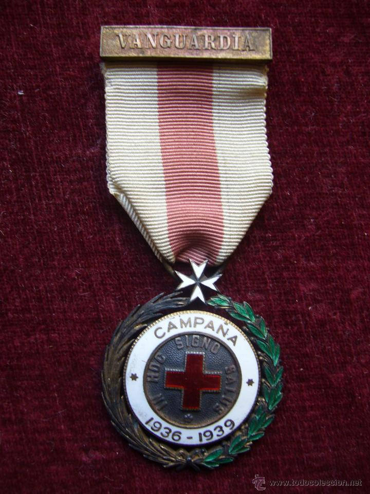 Militaria: Medalla de plata de la cruz roja campaña 1936 1939 Prendedor vanguardia. Guerra civil española - Foto 6 - 43268754