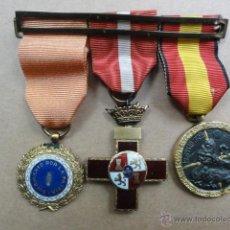 Militaria: PASADOR DE TRES MEDALLAS. Lote 43774321