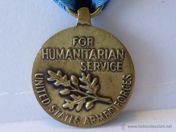 Militaria: Medalla militar estadounidense por Servicio Humanitario - Foto 3 - 43848848