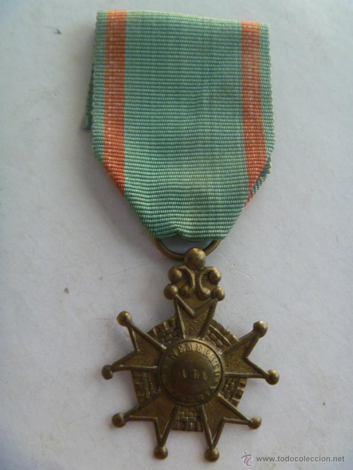 MEDALLA DE BENEMERITO POR LA PATRIA , EPOCA ISABEL II . SIGLO XIX . ORIGINAL. (Militar - Medallas Españolas Originales )