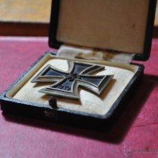 Militaria: CRUZ DE HIERRO 1ª CLASE 2ª G. M. CON MARCAJE Y ESTUCHE ORIGINAL. Lote 46680609