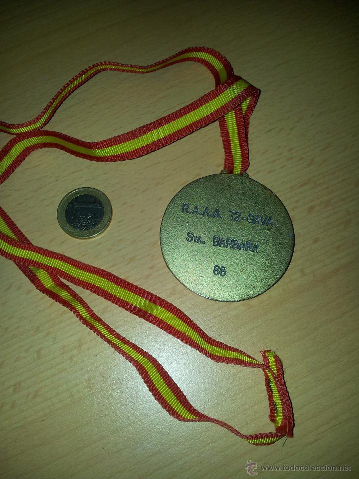 COLECCION MILITAR, MEDALLA EJERCITO ESPAÑOL CAMPEONATO DE VOLEY R.A.A.A 72-GAVA STA.BARBARA 88 (Militar - Medallas Españolas Originales )
