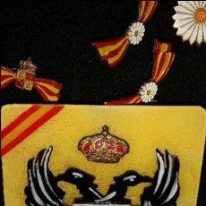 Militaria: DISTINTIVO RE QUE TE DE GUERRA CIVIL.FABRICADO EN PASTA.. Lote 48167265