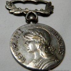 Militaria: MEDALLA FRANCESA DE LAS COLONIAS - MEDAILLE COLONIALE REPUBLIQUE FRANCAIS - 1920-1935. Lote 48269360