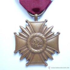 Militaria: POLONIA: MEDALLA DE LA CRUZ DEL MÉRITO DE LA REPÚBLICA POLACA (3ª CLASE - CATEGORÍA DE BRONCE). Lote 48512281