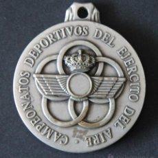 Militaria: MEDALLA MILITAR CAMPEONATOS DEPORTIVOS DEL EJERCITO AIRE XXXVII TROFEO PATRULLAS MILITARES AÑO 2.000. Lote 48908205