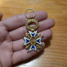 Militaria: ANTIGUA MEDALLA DE CARLOS III, ORIGINAL. Lote 49386895