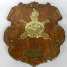 Militaria: GRANDISIMA METOPA DEL REGIMIENTO MIXTO DE ARTILLERIA, IFNI, MIDE 40 X 30 CMS.. Lote 50299644