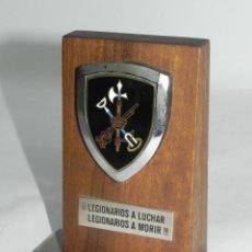 Militaria: METOPA DEL BATALLON DE LEGIONARIOS A LUCHAR, LEGIONARIOS A MORIR, MIDE 12 CMS DE ALTO.. Lote 50505877