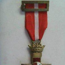 Militaria: GUERRA CIVIL: MEDALLA CRUZ DEL MERITO MILITAR CON CORONA IMPERIAL. EPOCA DE FRANCO. Lote 50684729