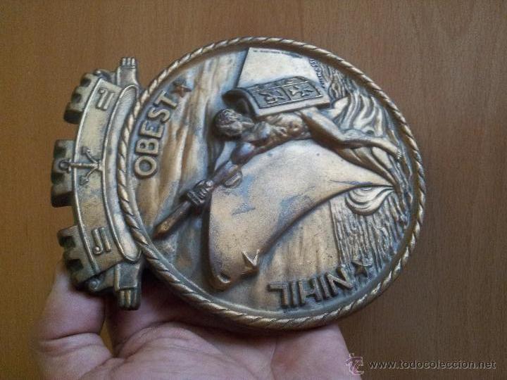 AUTENTICA PLACA DE METOPA DESTRUCTOR ARMADA ITALIANA ARDITO D550..NIHIL OBEST AÑOS 60,,CON MARCAJES (Militar - Medallas Extranjeras Originales)